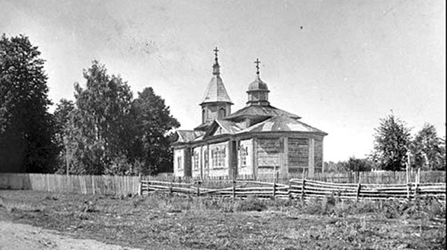 церковь деревянная
