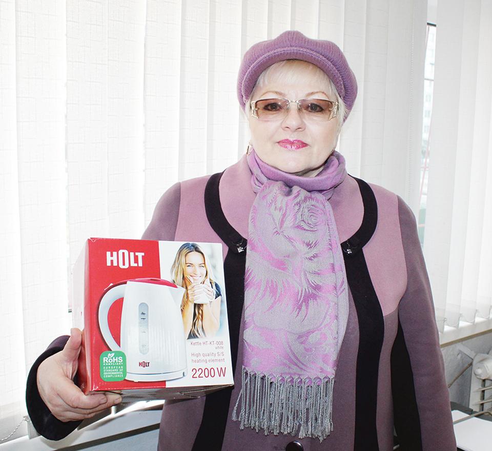 Пенсионерка Валентина Лисина 20 лет выписывает газету.